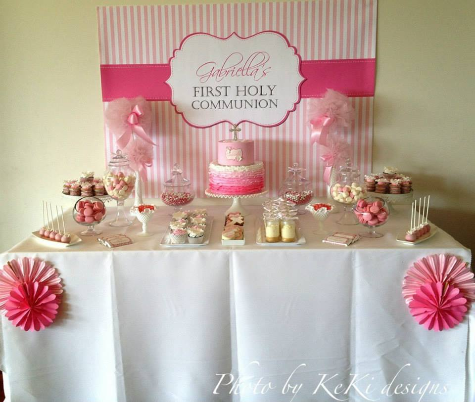 Pink and white themed first holy communion for gabriella - Decoration pour table ...