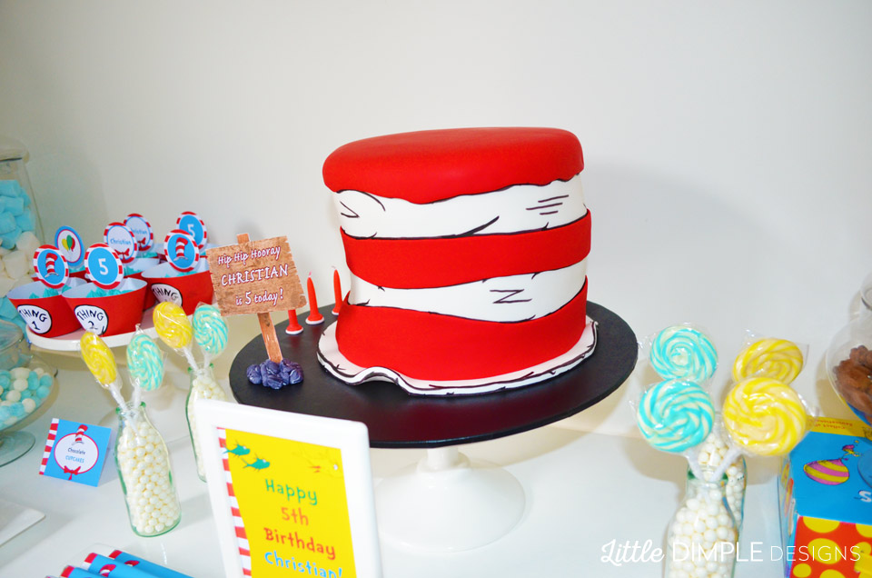 Dr Seuss Cat in the Hat Birthday Party Cake