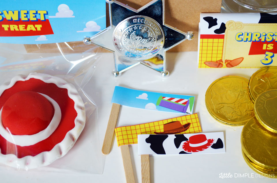 toy story straw flags
